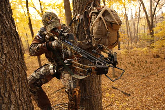 Охотник с арбалетом